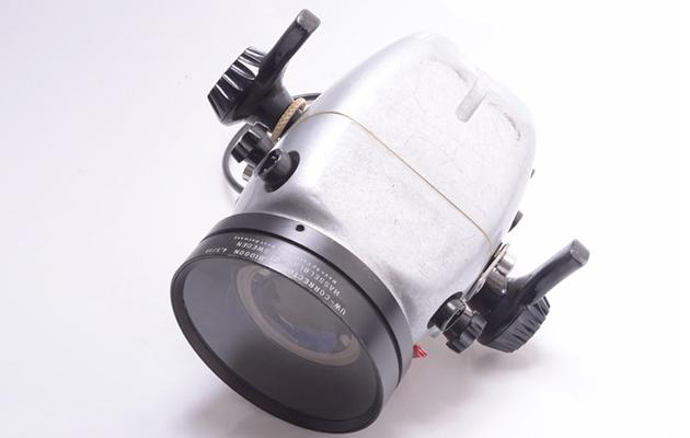 hugyfot-hasselblad-500-c-underwater-camera-housing