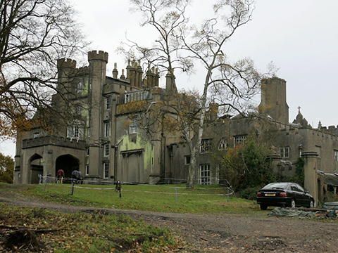 Hilfield-Castle