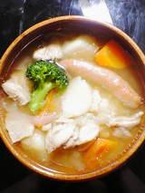 チキンと野菜のポットスープ