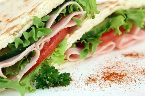 sandwich-1238615_640