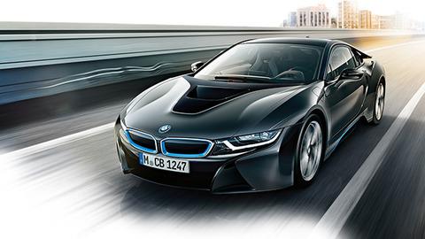 【27時間テレビ】ノブコブ吉村、愛車の2000万「BMW i8」が破損、コンビでダイブしたフロントガラスにヒビ