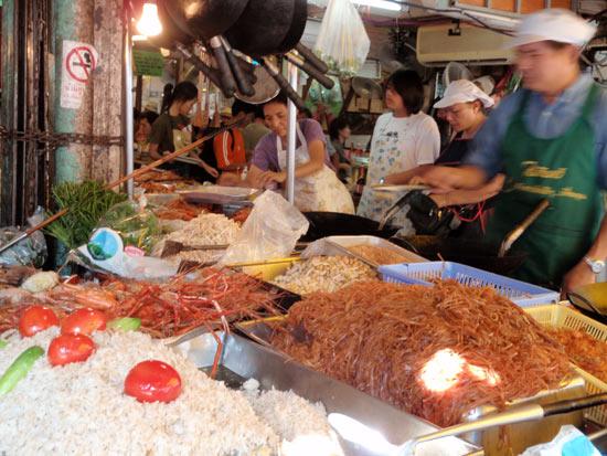チャトチャック市場の飯屋