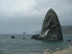三本杉岩2