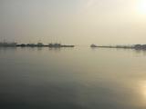 早朝の八戸港