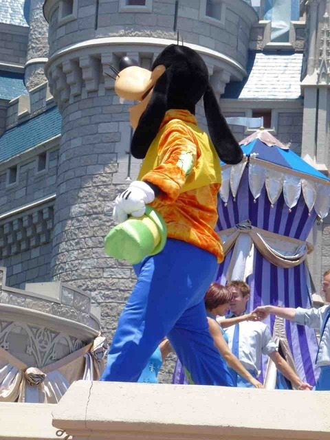 WDW_Dream Along With Mickey_グーフィー