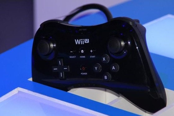 Wii U PROコントローラーはフル充電で最大80時間使用可能!Wiiタイトルはサポート外に