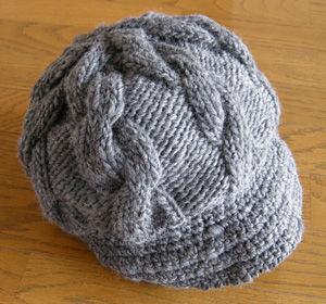 縄編みのキャスケット