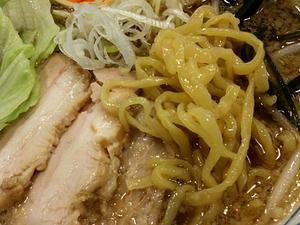 新宿御苑 旬麺しろ八 ラーメン