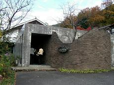 b3384f12.jpg