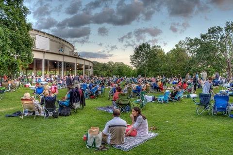 Liên hoan âm nhạc Tanglewood -Lenox, Massachusetts