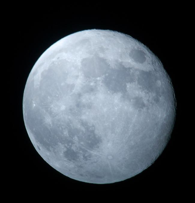 十六夜の月(いざよいの月)