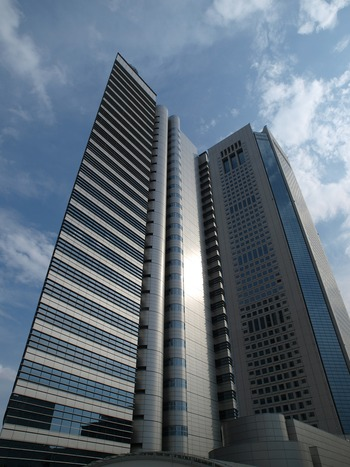 東京オペラシティ&NTT