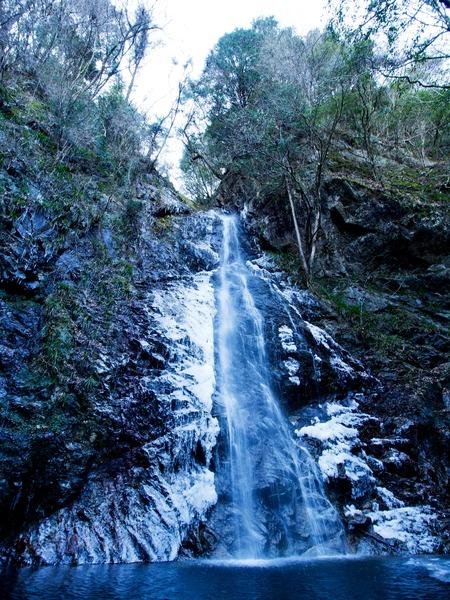 払沢の滝。