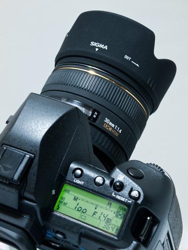 SIGMA 30mm F1.4 HSM