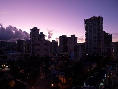 朝焼けの街。