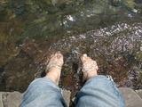 足をつけてみた。