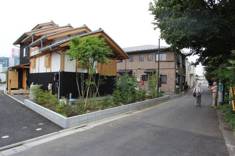 この家が建ったことで周囲の環境づくりにも貢献している。