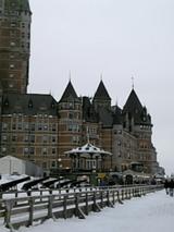 シャトーフロントナックお城型のホテル