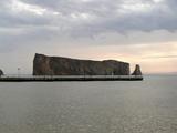 朝のペルセ岩