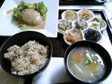 里山ちゃん「豆腐ハンバーグ」付き!