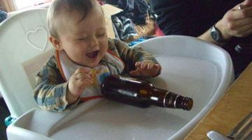 ビール瓶を転がす