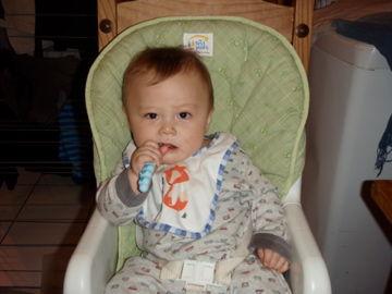 Feb12, 2012歯磨き練習中