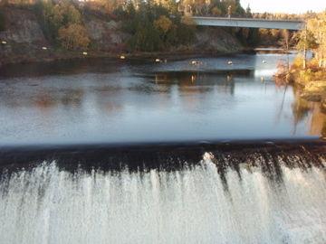 モンモランシーの滝7