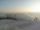 フェリーからの太陽と海