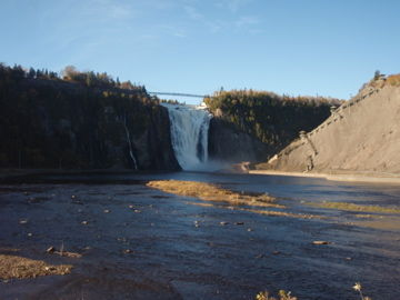 モンモランシーの滝
