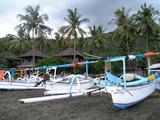 Amedビーチの漁船