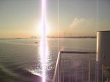 海からの朝日
