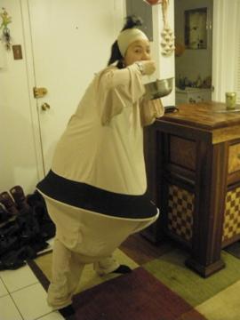 ナミさんも食いしん坊の相撲取りに