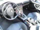ボンドカー BMW 2