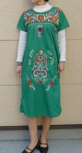 花刺繍ワンピ緑