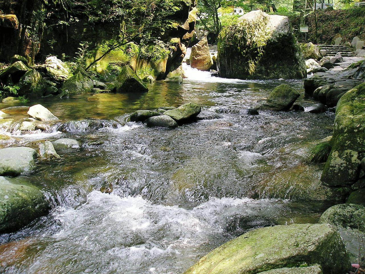 2004年08月07日_岳間渓谷