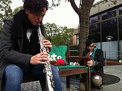 2010-続-恵比寿編み奇襲-FreePets編みベンチ   音と編み セッション