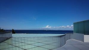 横須賀美術館屋上