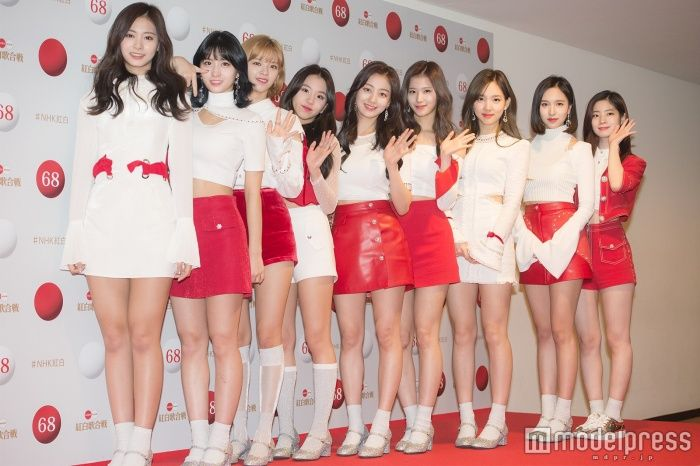 【悲報】韓国グループ TWICEの実力がガチで証明された。日本人歌手完敗www