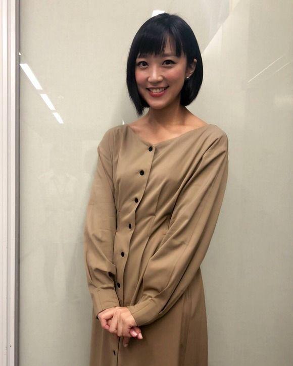 【画像】竹内由恵アナのオンオフがどっちもエロい