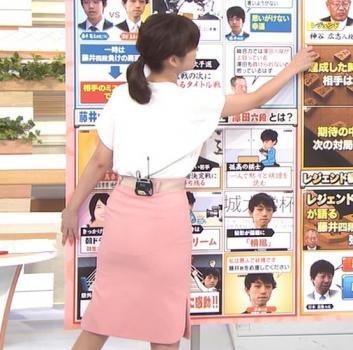 女子アナ「薄手のスカートって白いパンツも透けちゃうよね」