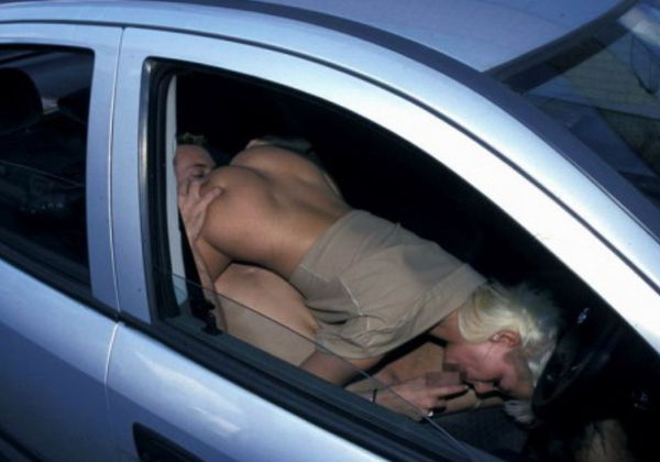 【不可避】カーセックスしてるカップルが至近距離で撮影され焦る瞬間ワロタwwwwwwwwwww