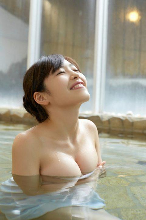【温泉】グラビアアイドル・清水みさと(25)のセミヌード画像まとめ