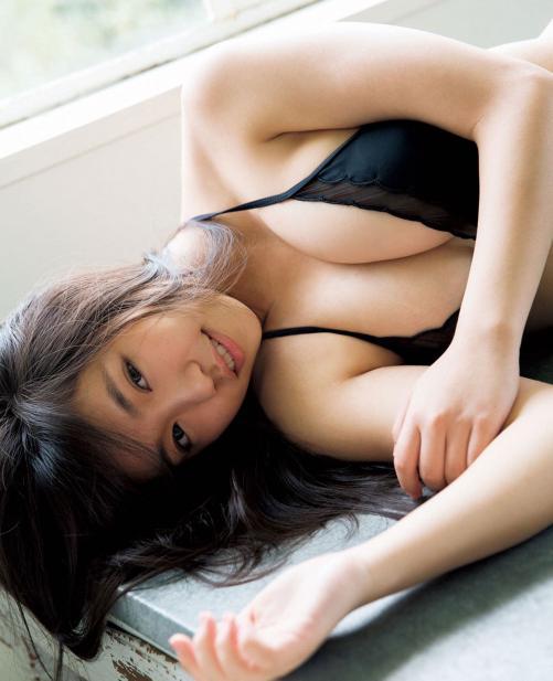 【画像多数】元Dream5大原優乃(18)、Fカップバストあらわなピンクのビキニ姿公開 初写真集が重版決定