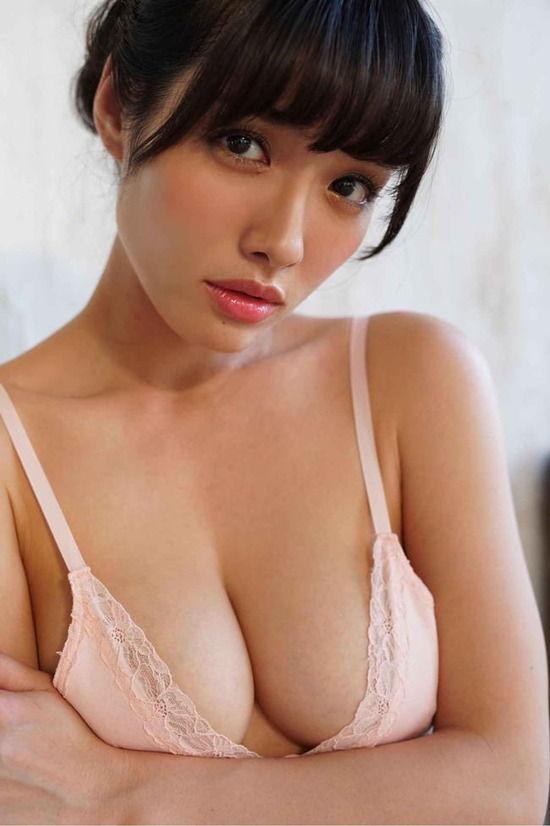 【画像】今野杏南とかいうグラビアアイドル