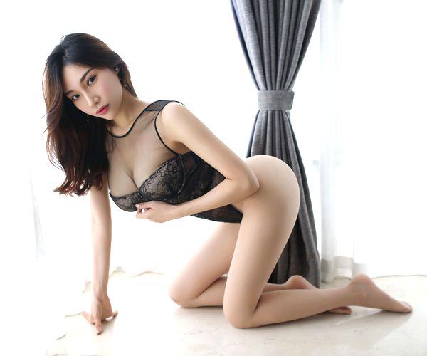 美女ばかりな台湾の下着モデルのエロ画像 part5