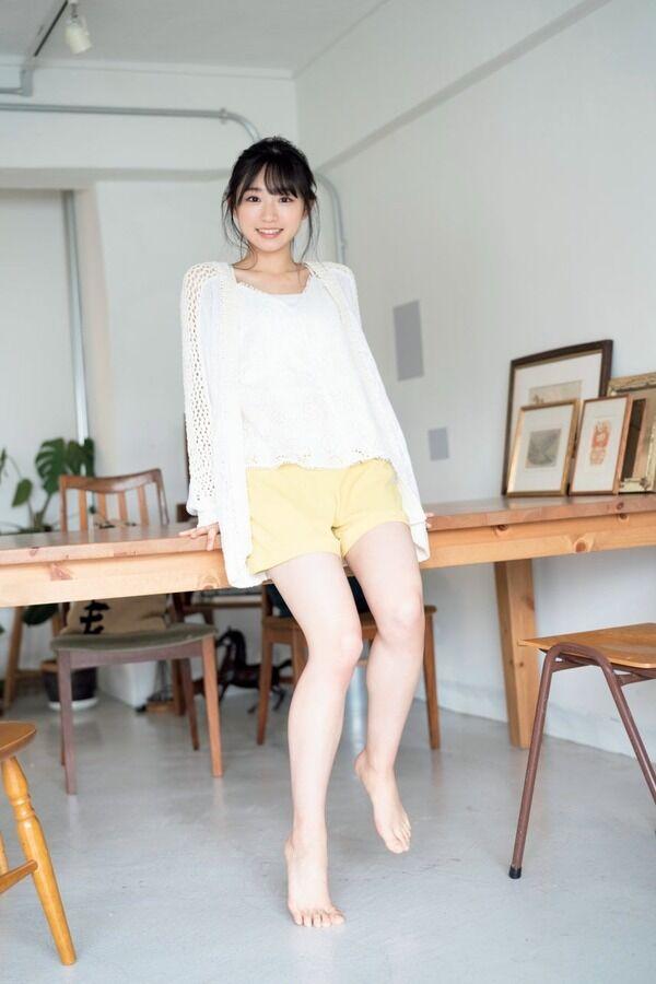 【グラビア】AKB48の新センターに抜擢!山内瑞葵(18)、圧巻のスラリ美脚披露!