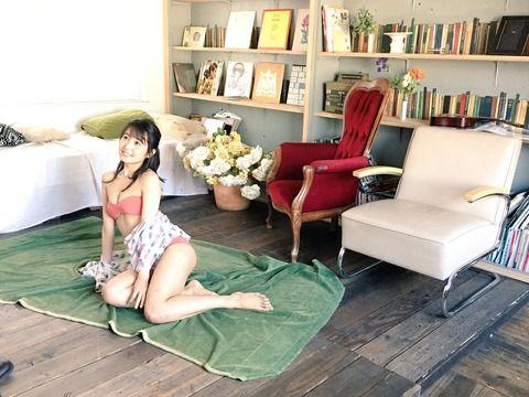 【画像】SKE惣田紗莉渚が水着で票乞食してて痛々しい
