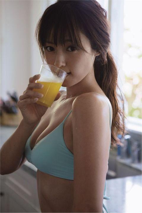 【画像】深田恭子とかいうエッチな35歳wwwww