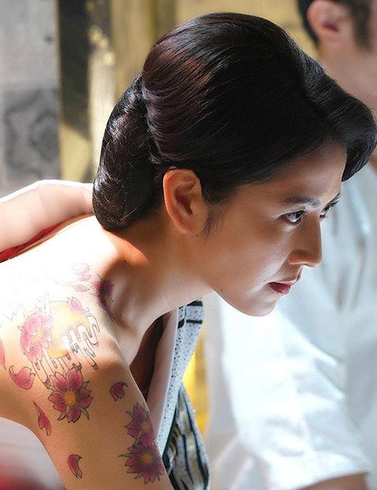 """長澤まさみ、新作ドラマは放送コード限界に挑む""""AV級濡れ場"""""""