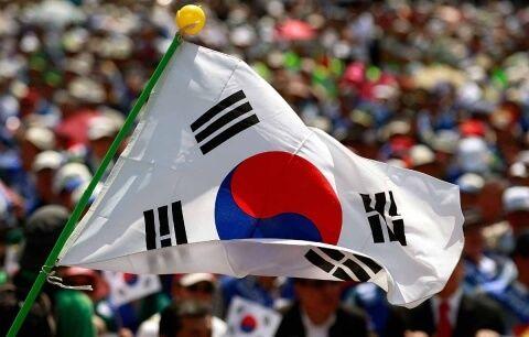 【メガプレミアム】韓国軍、1億3千万円ミサイル2発を「間違って海に落とした」…末期的ミスに国民ため息